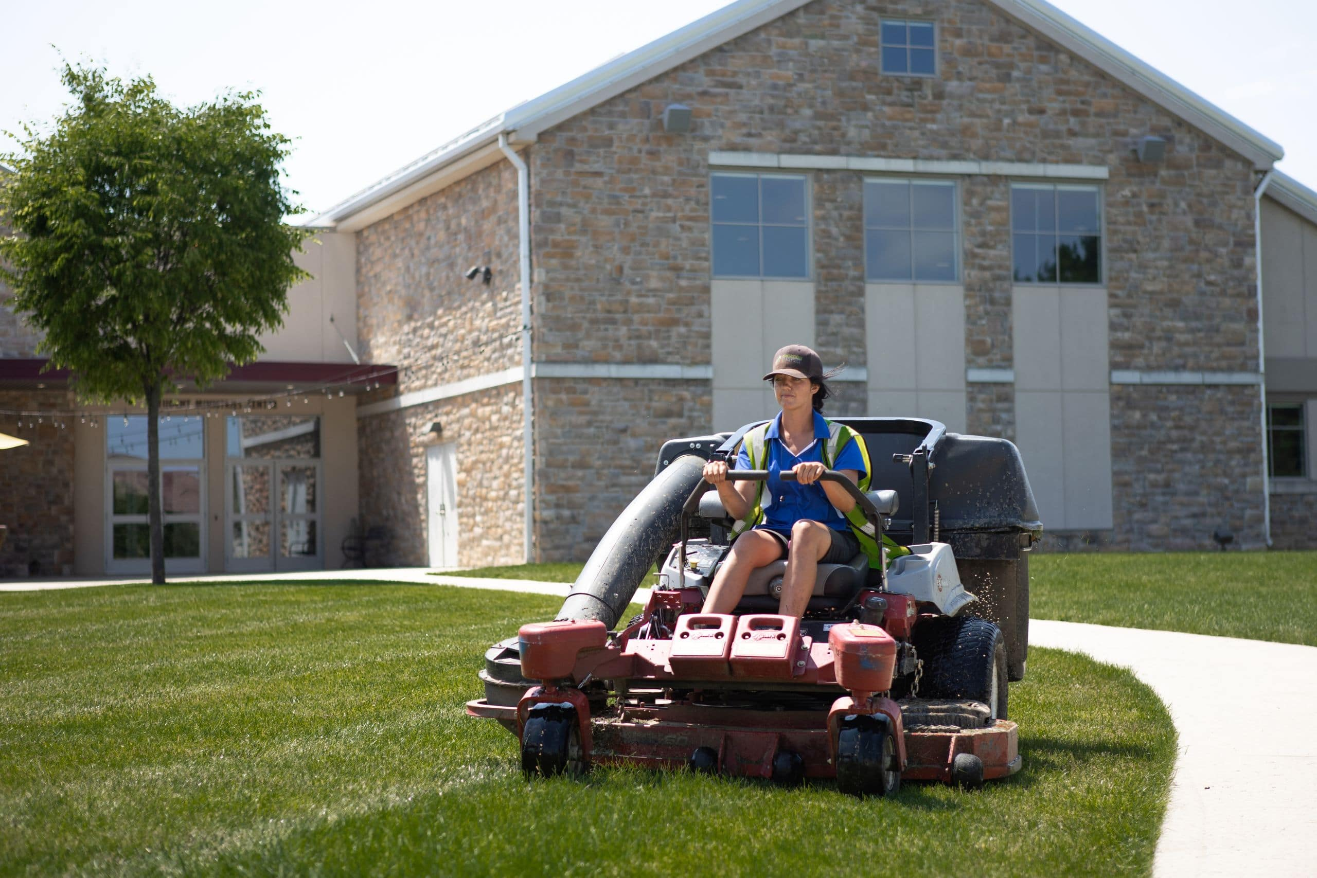 mary beth mowing-2560px