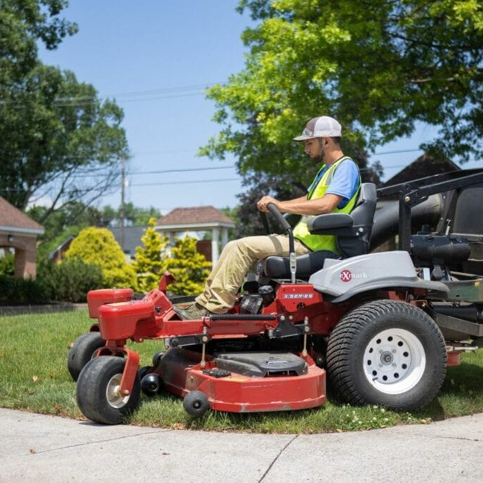 complete lawn care-2560px